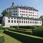 Schloss Ambras im Sommer